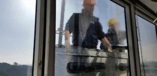 window cleaning services 04